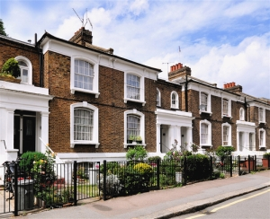 Victorian terrace gentrification Photo by Ron Ellis / Shutterstock.com